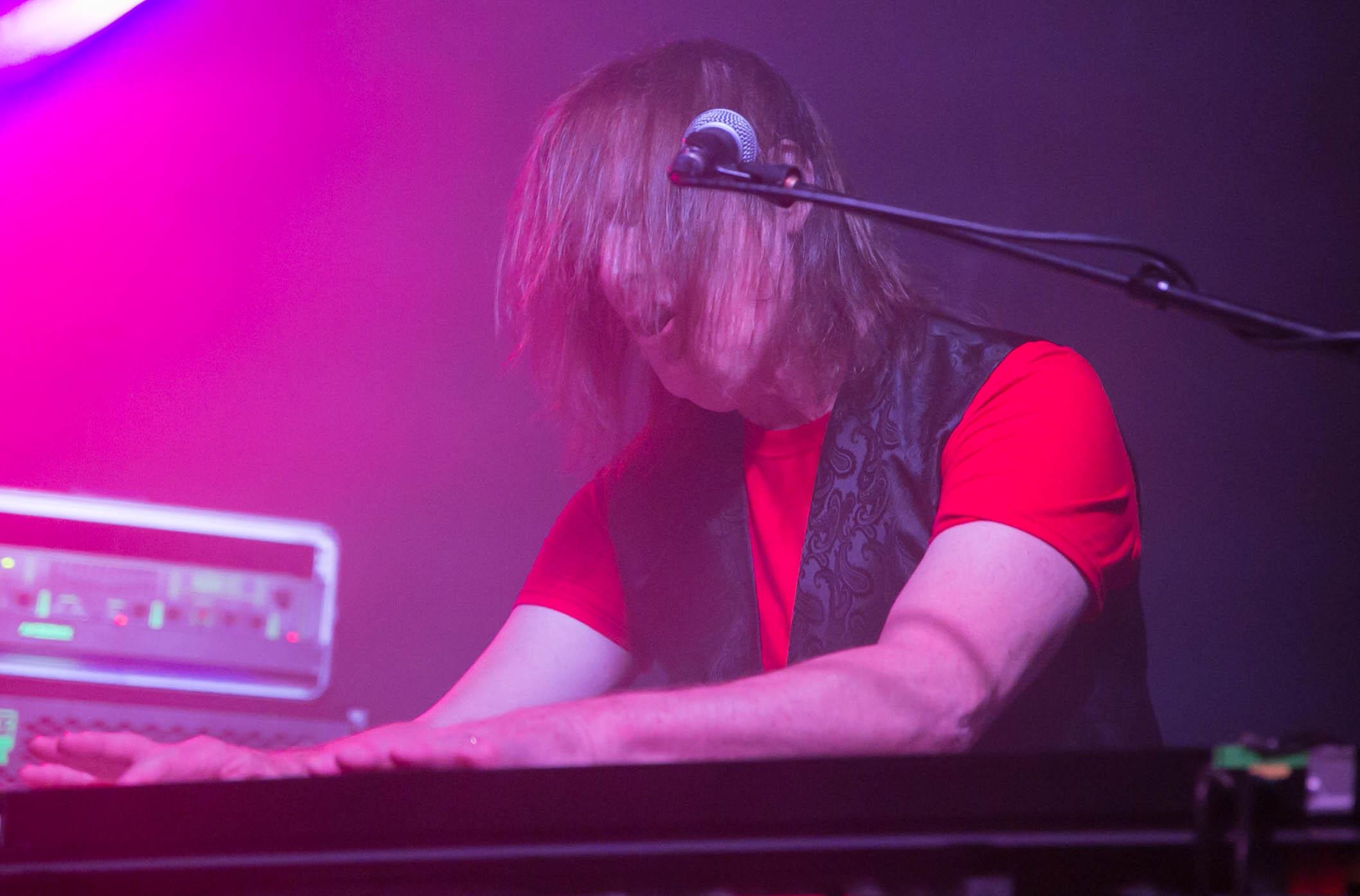 (c) Ritchie Birnie