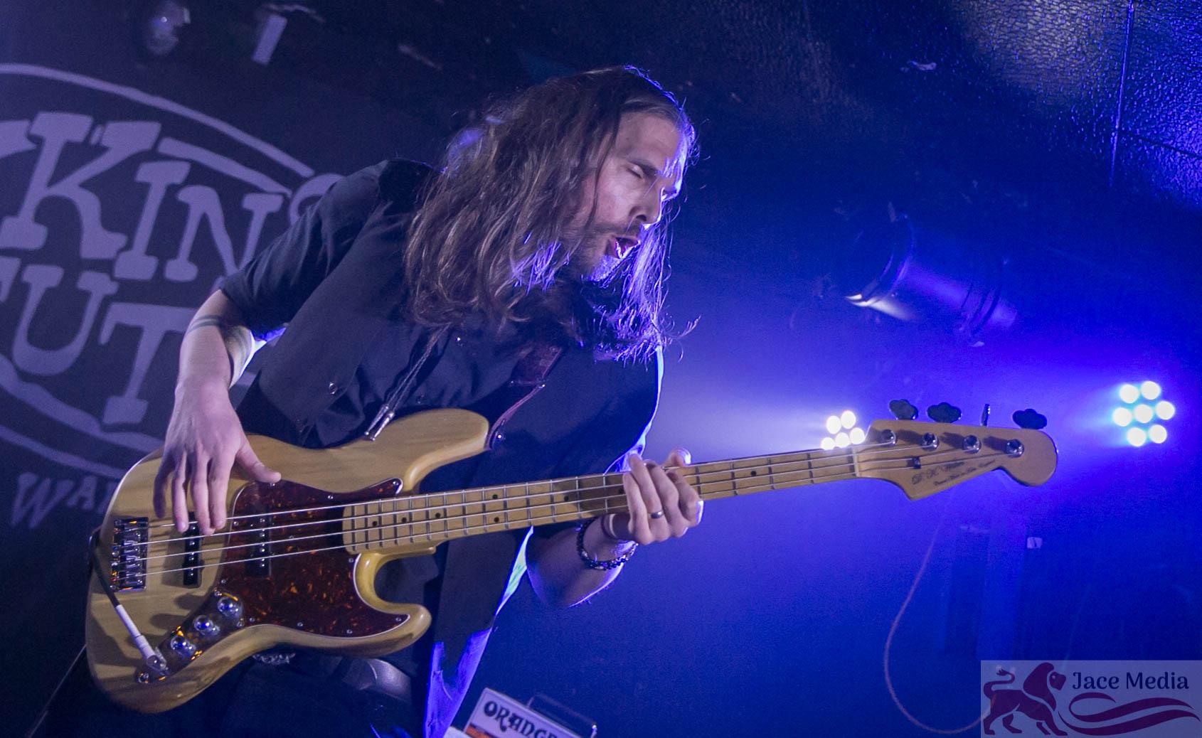 Photo by Ritchie Birnie